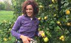 Manuela, la regina dei limoneti del Sarrabus