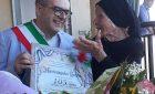 """Tzia Maria festeggia i suoi primi 105 anni e gusta ancora su callu: """"Voglio arrivare a 110"""""""
