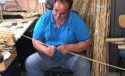 A Muravera apre il b&b dove puoi vedere come si costruiscono le launeddas (e magari imparare a suonarle)