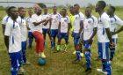 In Africa una squadra di quarta divisione gioca il campionato di calcio con la maglia del Muravera